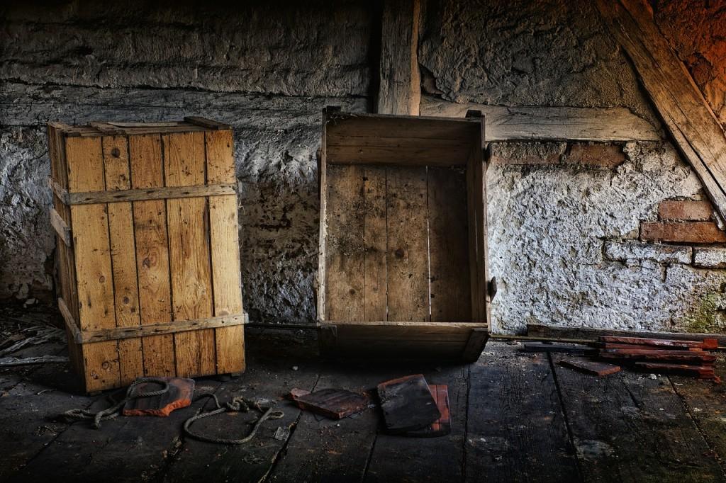 attic-540831_1280